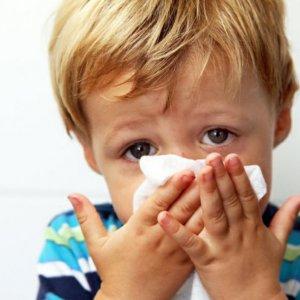 Народные средства от насморка для детей  лечение проверенными рецептами